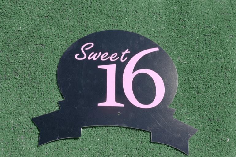 T-11 Sweet 16 Topper