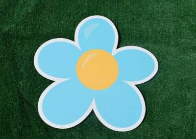 G-141 Ice Blue Flower Yard Sign