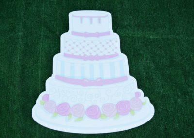 G-73 White Cake with Pink Roses Yard Sign