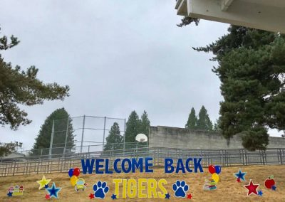 Maywood Hills School Welcome Back Sign Display