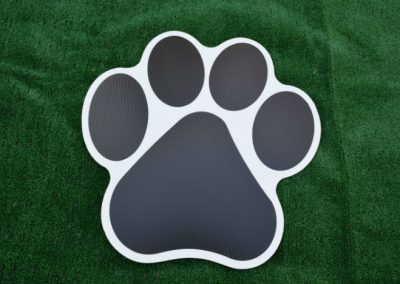Black Paw Print Yard Sign G-610