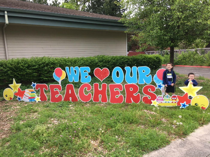 We Love our Teachers Appreciation Yard Signs