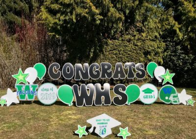 woodinville grad yard signs