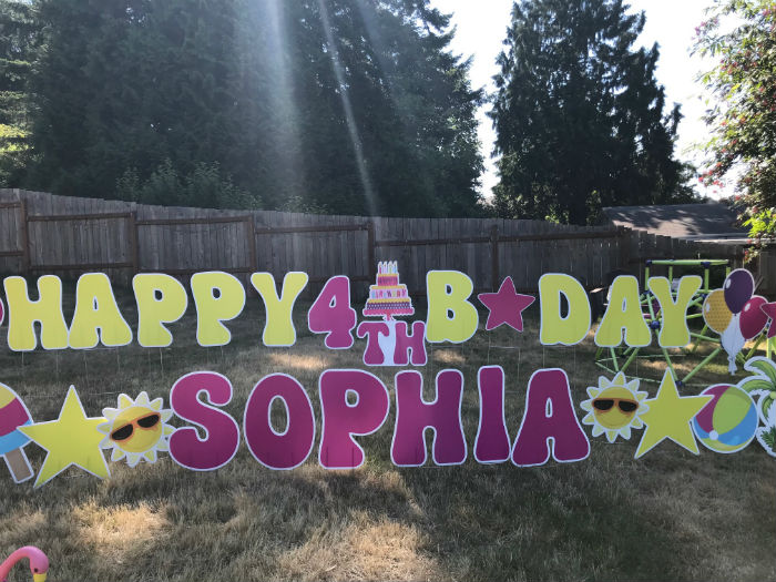 Yard Announcements in Washington can Help you Celebrate BIG with our Colorful Birthday Yard Signs