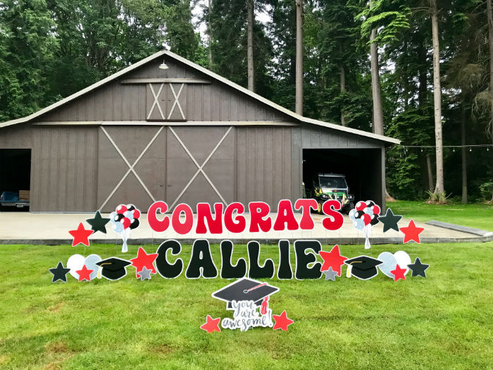 Graduation Yard Sign Displays Make Awesome Graduation Party Decorations for the Yard!