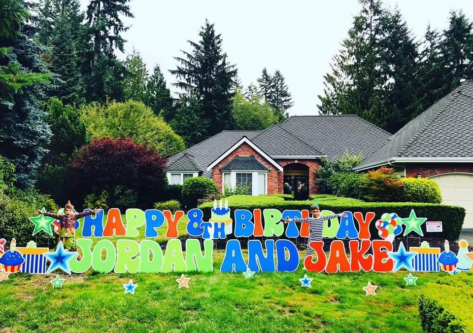 Yard Announcements has some FUN Yard Decor to help you celebrate BIG!
