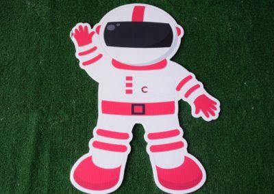 astronaut yard sign