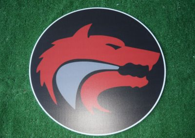 red wolves yard sign