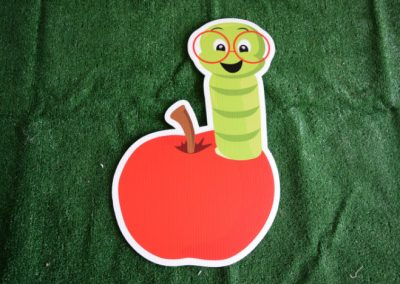 smart worm in apple yard sign