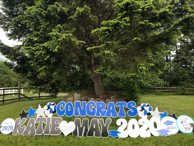 Unique Graduation Party Ideas – Decorate with Graduation Yard Sign Rentals by Yard Announcements